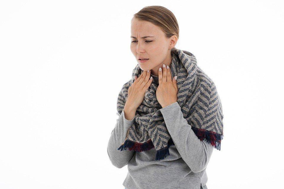 Медики предупредили о симптомах онкологических заболеваний горла