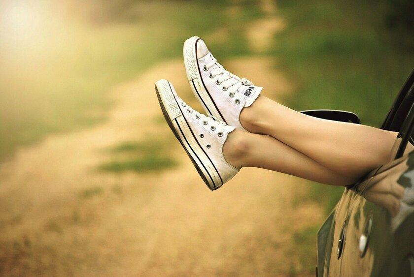 Отеки ног: названы причины, способы профилактики и лечения