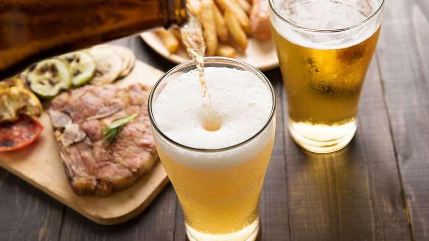 Медики рассказали, чем грозит ежедневное употребление пива