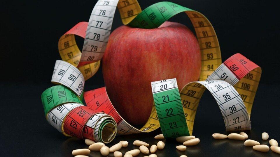 Названы самые опасные способы похудения