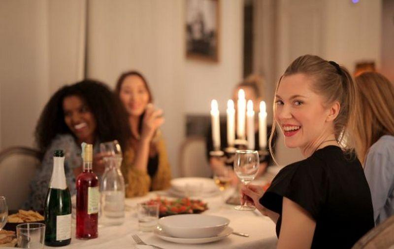 Пять правил праздничного ужина для тех, кто не хочет поправиться