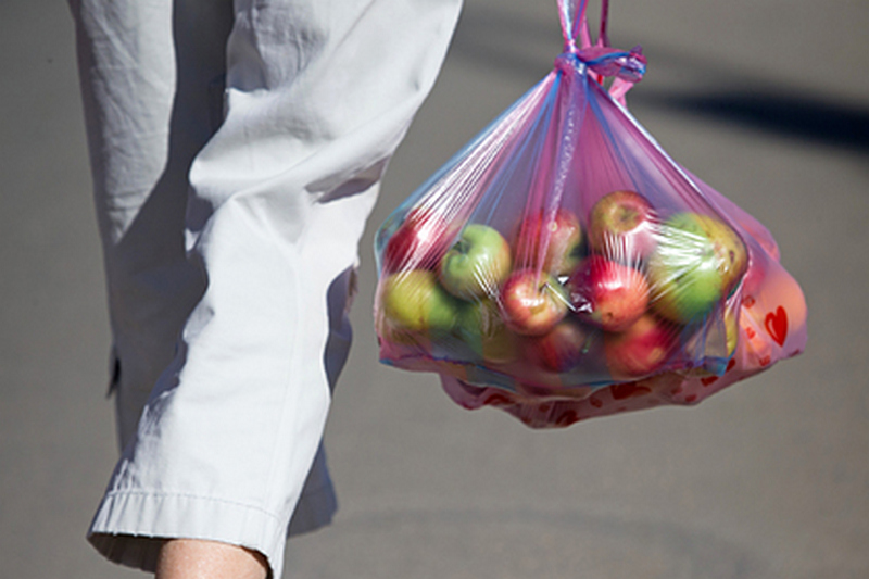 Диетологи назвали лучшие продукты для перекуса между основными приемами пищи