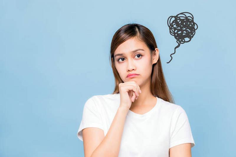 Ученые назвали топ-20 признаков нездоровой самокритики