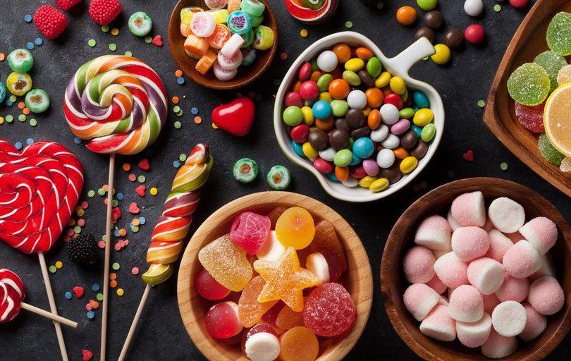 В Минздраве напомнили, почему сладости – не лучший подарок на Новый год