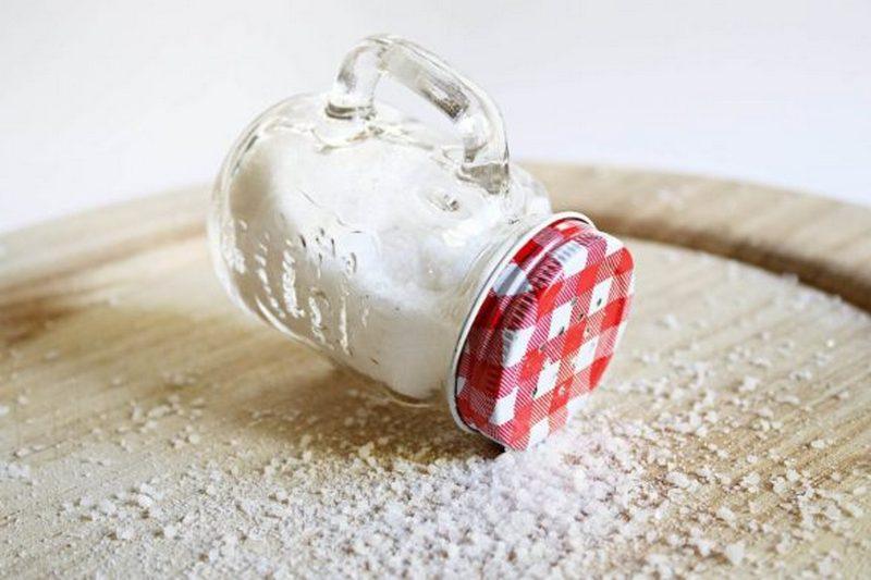 Медики рассказали, сколько соли ежедневно можно съедать