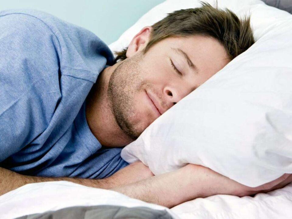 Медики рассказали, на какие продукты стоит налегать для крепкого сна