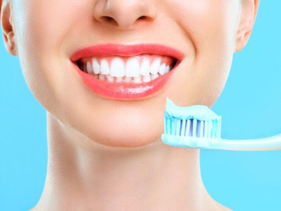 Стоматологи рассказали, какие болезни грозят людям с больными зубами
