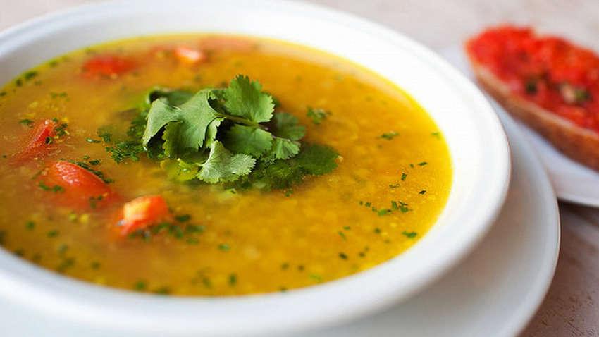 Медики рассказали, какой суп самый полезный