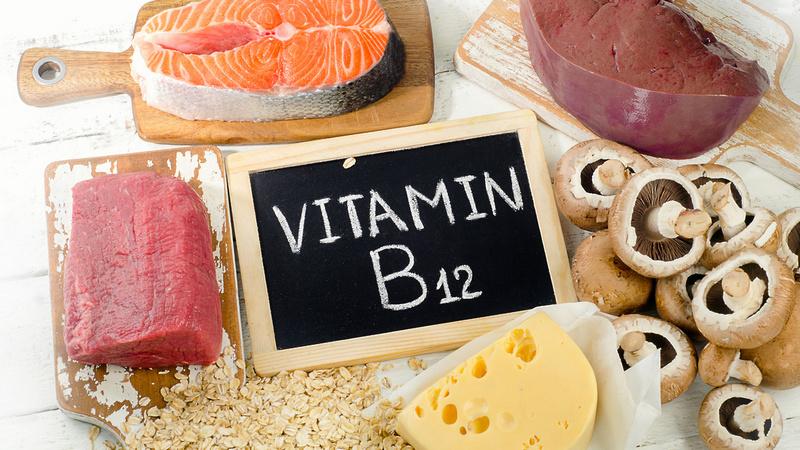 Названы опасные последствия дефицита витамина B12