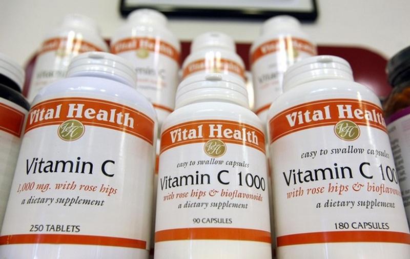 Врачи выяснили, помогает ли прием витаминов при лечении коронавируса